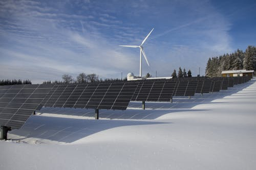How Do Renewable Energy Source Costs Compare?